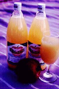 りんごジュース(りんご果汁100%無添加)イメージ02